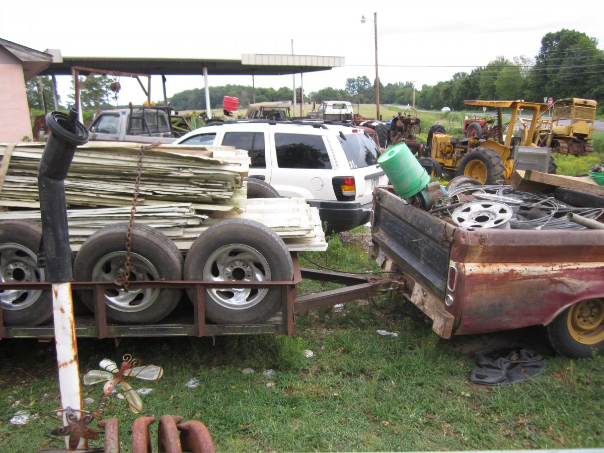 GMC & trailer load 003.JPG