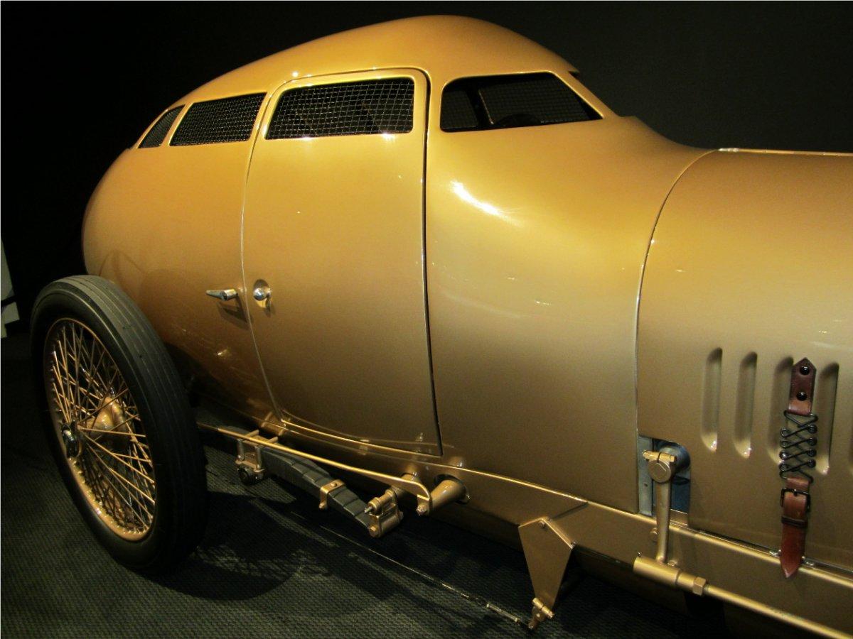 golden sub-10a.jpg