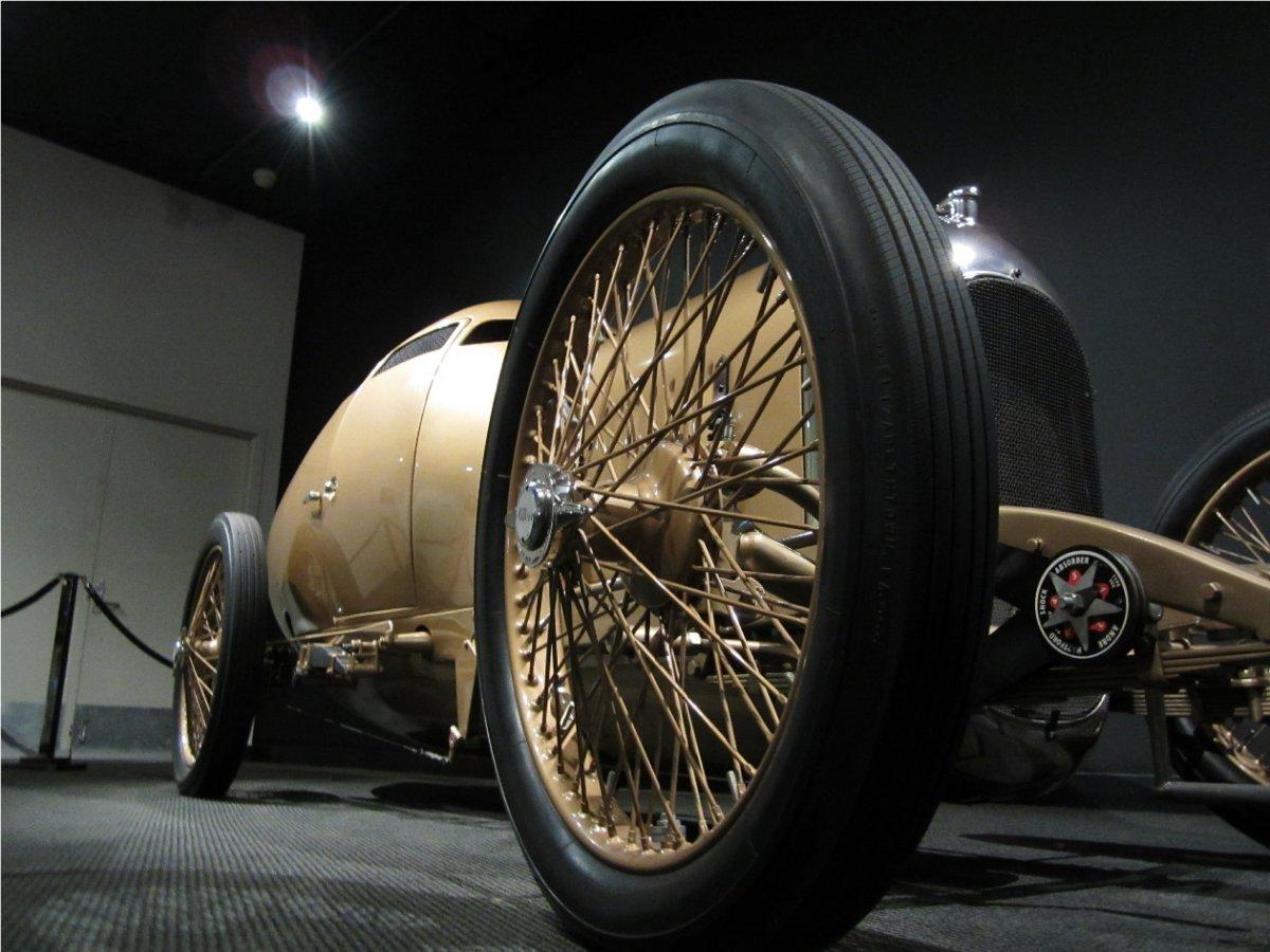 golden sub-11a.jpg