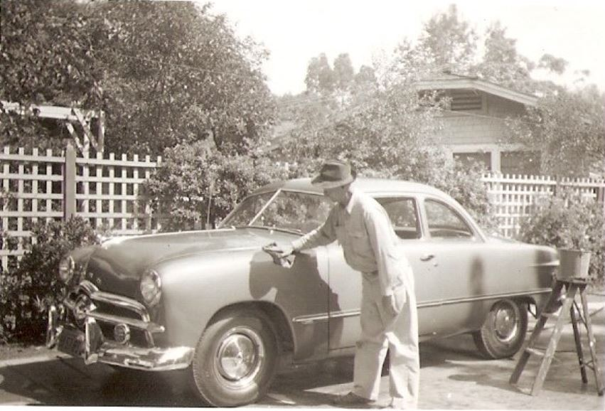 Grampa-shoebox-Ford.JPG
