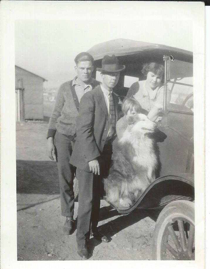Grampa Tegler and Gramma 1927 San Pedro.jpg