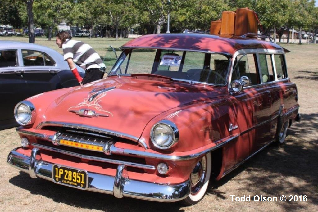Grant Ragsdale's 1954 Plymouth Belvedere Wagon (1).jpg