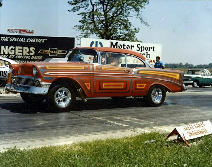 Video: Classic Gassers At 131 Dragway In the 1960s - Dragzine