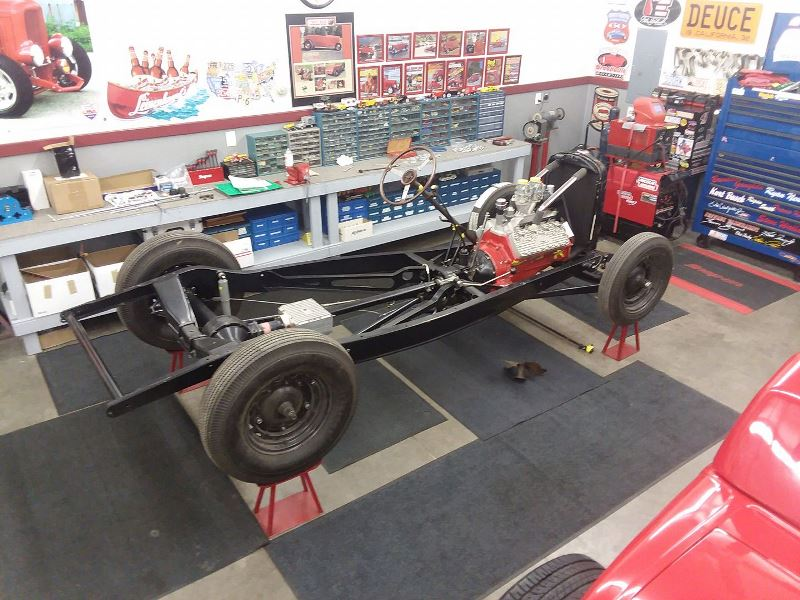 Greg Southworth's '32 Vicky chassis.jpg
