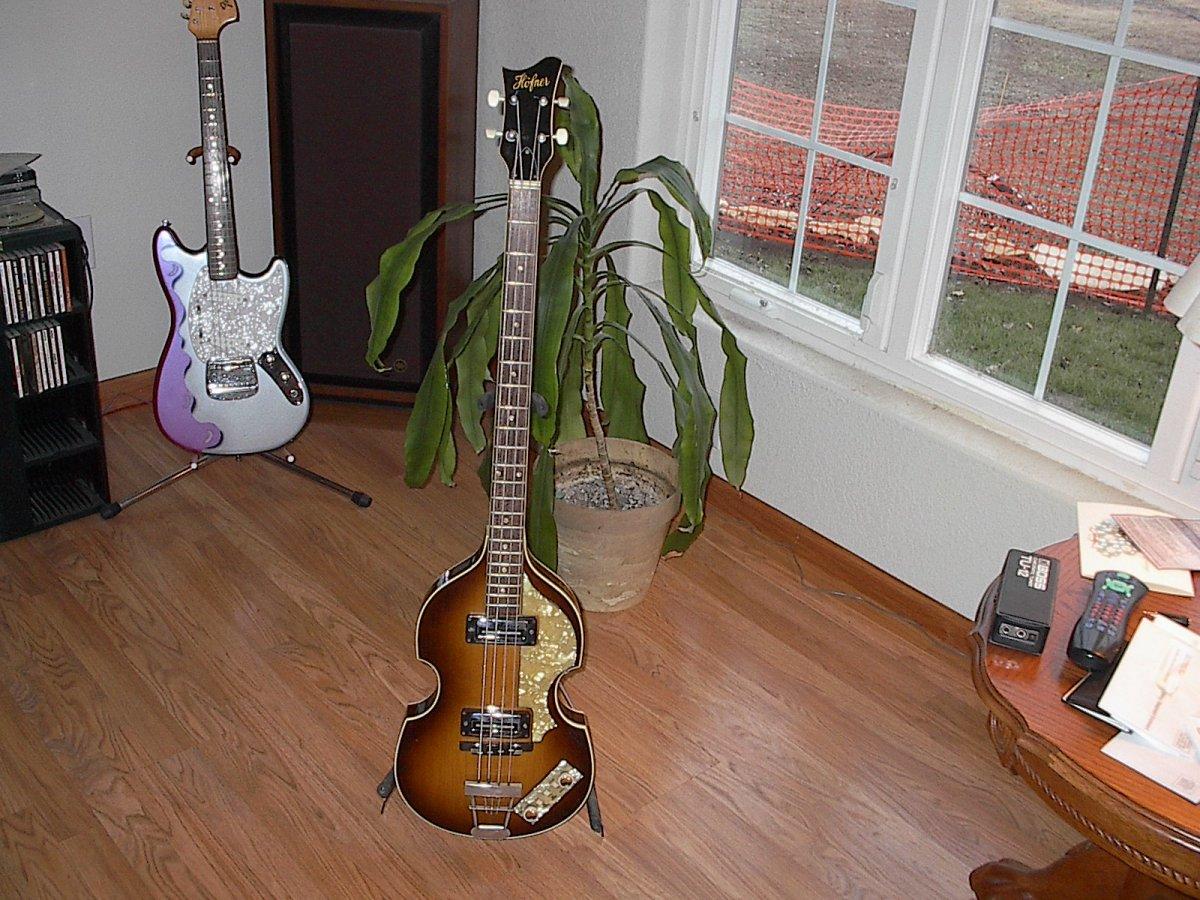 guitar serial numbers 017.jpg