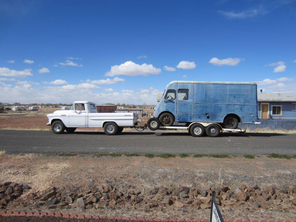 hauling02.jpg
