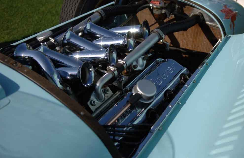 hemi16 A-311 Hemi installed in the Kurtis Kraft Roadster..jpg