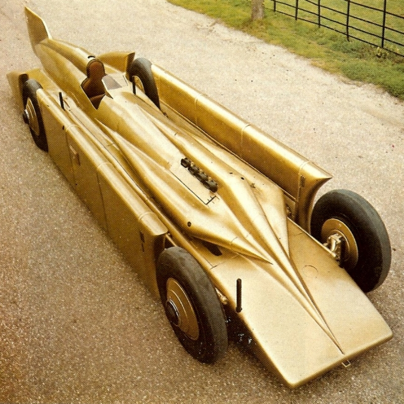 Henry Seagrave's GOLDEN ARROW (2).jpg