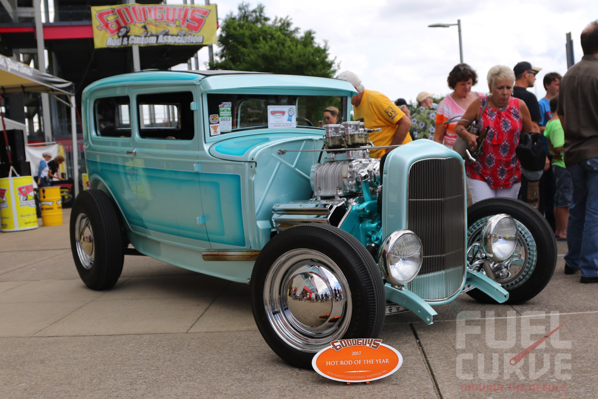 HILTON-HOT-RODS-CANDY-COLORED-HEMI-POWERED-TUDOR-NAMED-HOT-ROD-OF-THE-YEAR-17-of-18.jpg