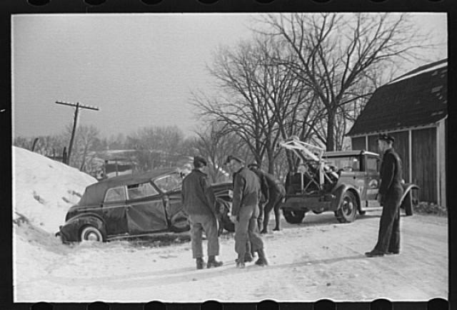 historic_american_junkyard_and_crash_photos04.jpg