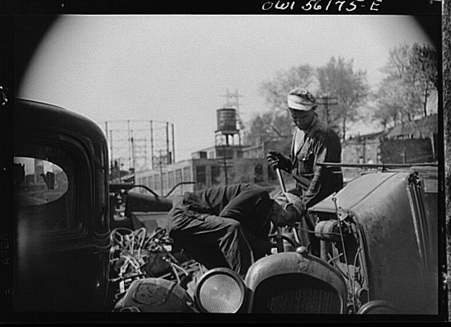 historic_american_junkyard_and_crash_photos10.jpg
