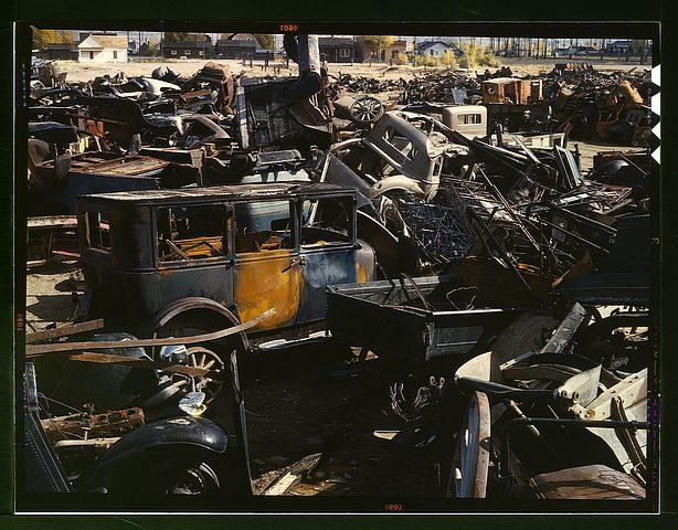 historic_american_junkyard_and_crash_photos11.jpg