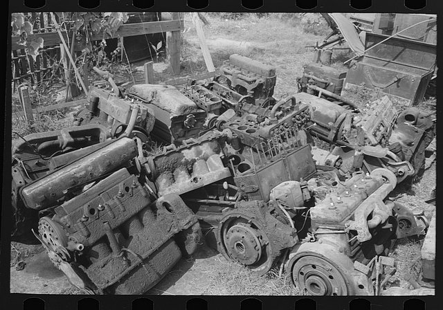 historic_american_junkyard_and_crash_photos16.jpg