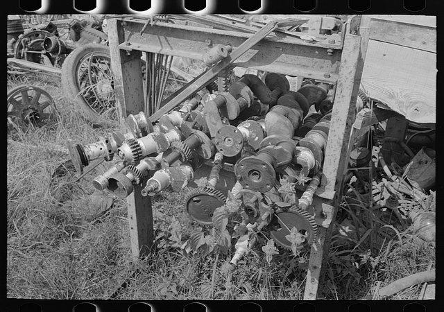 historic_american_junkyard_and_crash_photos18.jpg