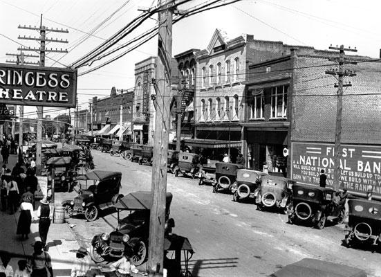 history-1918-Garnett.jpg