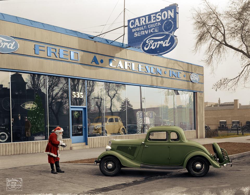 holiday Christmas car 1935 Fred A Carleson Ford.jpg