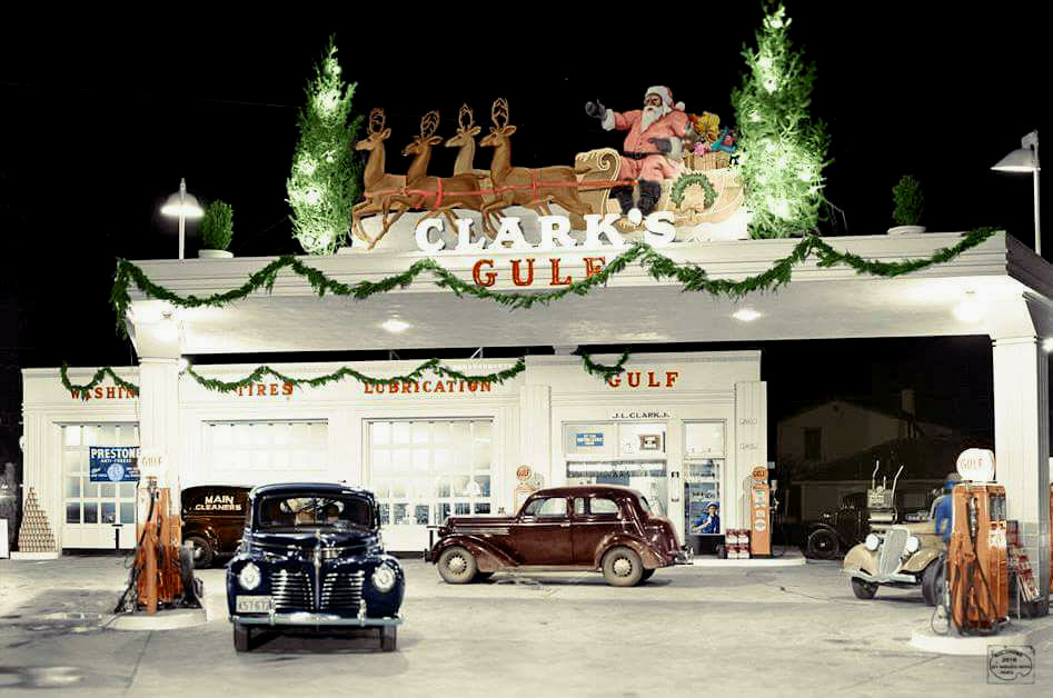 holiday Christmas car 1940 gas station colorized.jpg