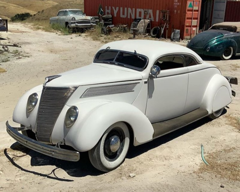 Hope  Family 1937 Ford Custom (7).JPG