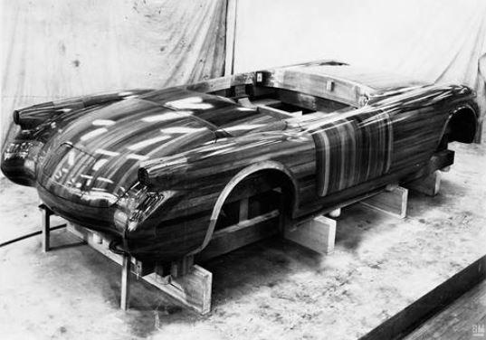 hot13 1953 Chevrolet Corvette.JPG
