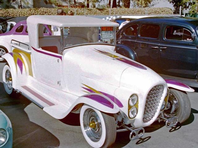 Howdy Ledbetter's 'Howli Kart'.jpg