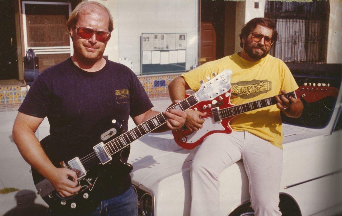 howie-and-alan-webe-guitar.jpg