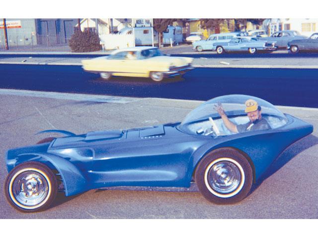 hrdp_0803_04_z+t_bucket_roadster+.jpg