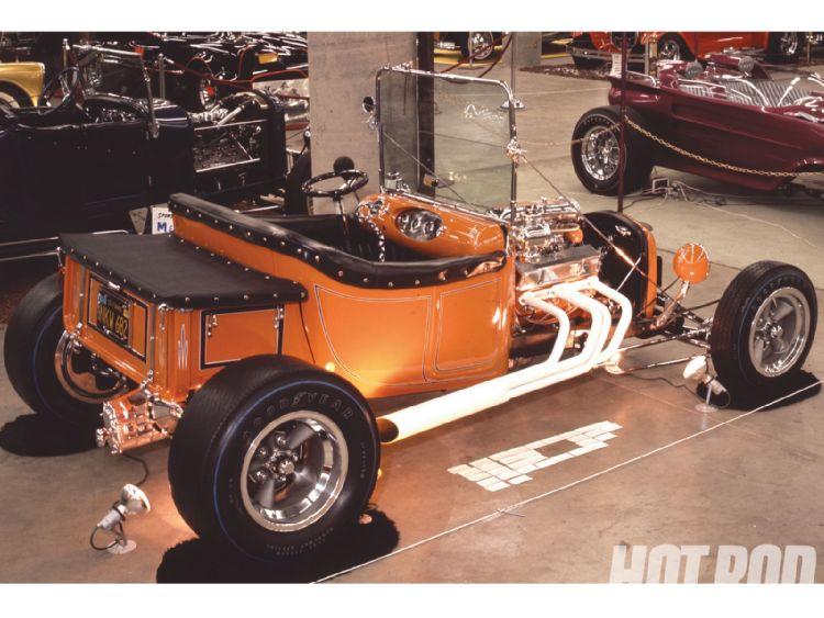 hrdp_1009_22_o+1966_to_1967_oakland_roadster_show+30_t_bucket_roadsters.jpg