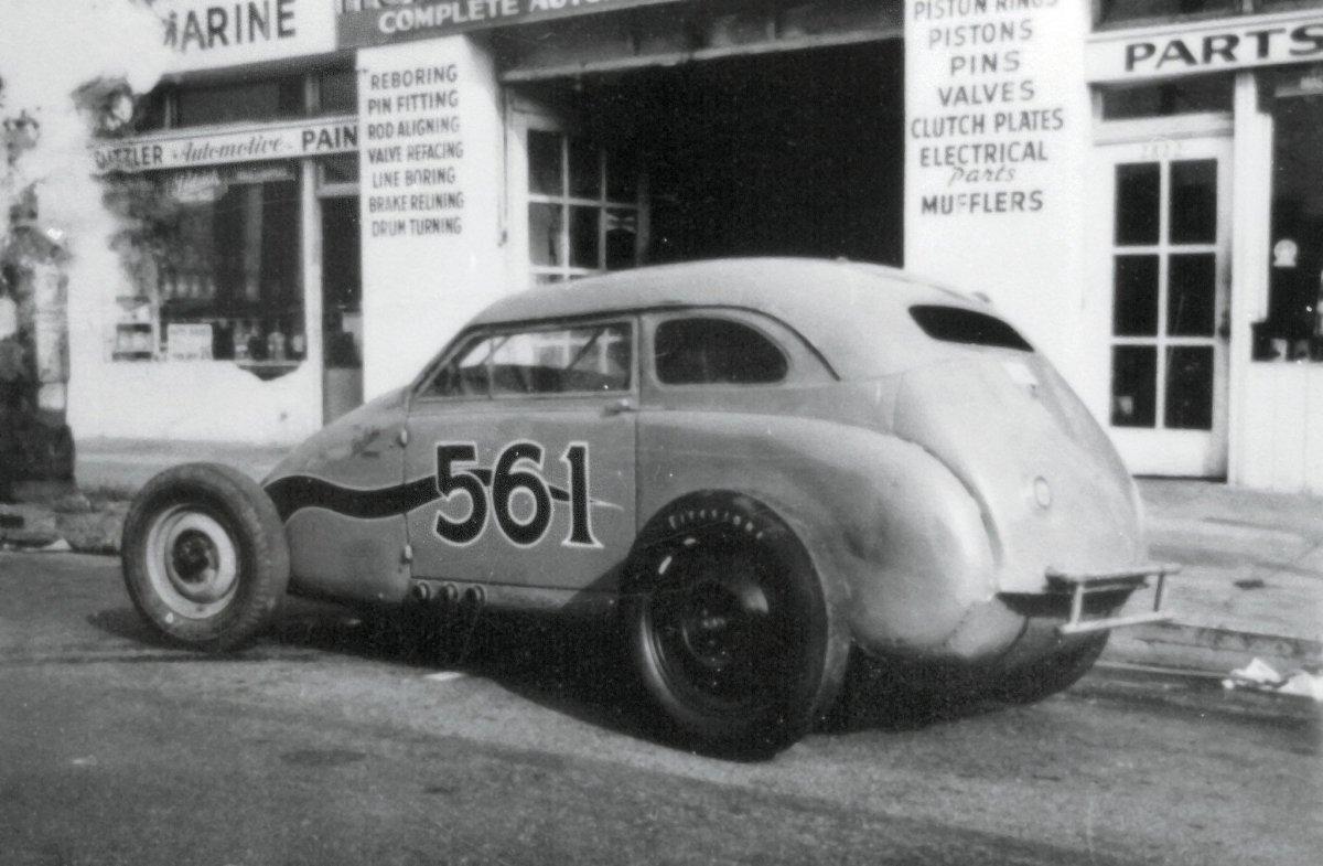 hubbard-auto-parts-bonneville-crosley-merc.jpg