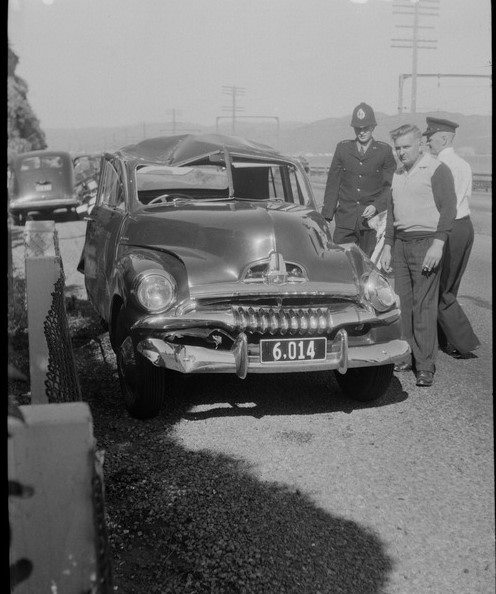 Hutt Rd 1955 maybe rental car.jpg