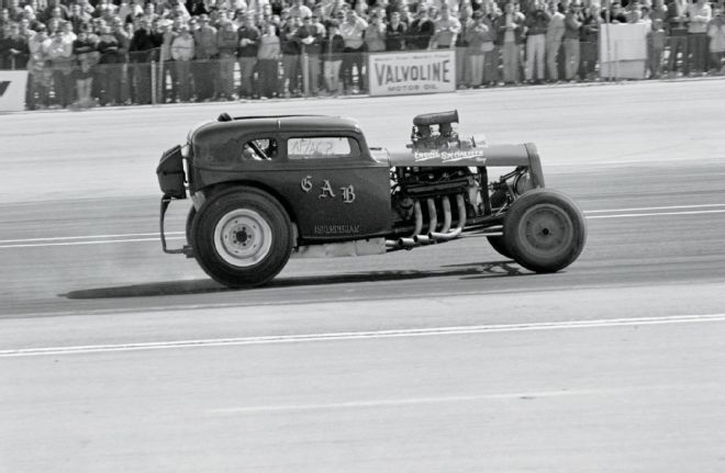 hydro-motive-equipped-1938-austin.jpg