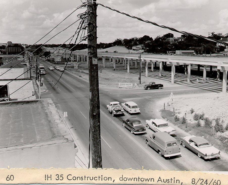 i35_downtown_austin_bridge_8_24_19601.jpg