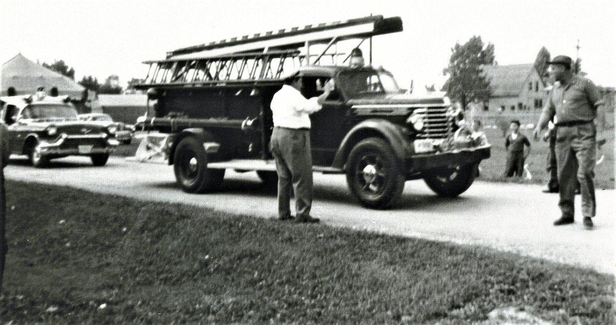 IHC Firetruck (2).jpg