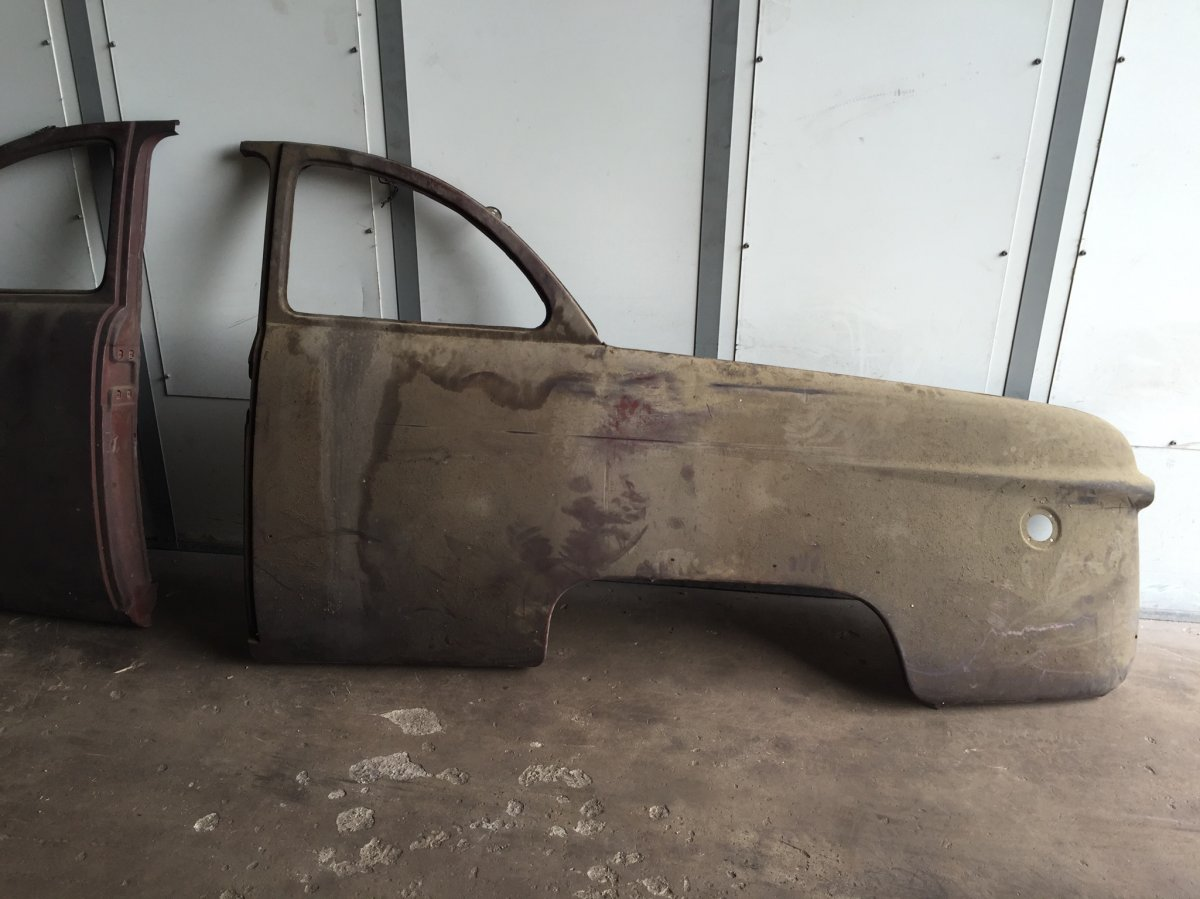 New old stock factory ford quarter panels. Will fit 1951 but does not have the upper square gas filler opening. These have never been mounted on a car and ... & 1949 1950 1951 FORD NOS CLUB COUPE DRIVER AND PASSENGERS SIDE ... markmcfarlin.com