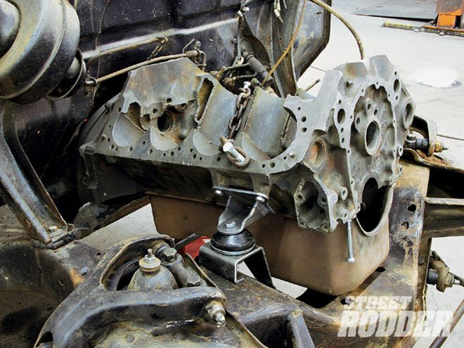 Technical - Sbc in 1950 ford shoebox tech question  | The