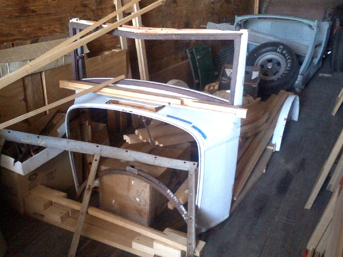1932 ford woodie project the h a m b for 1932 ford floor pan