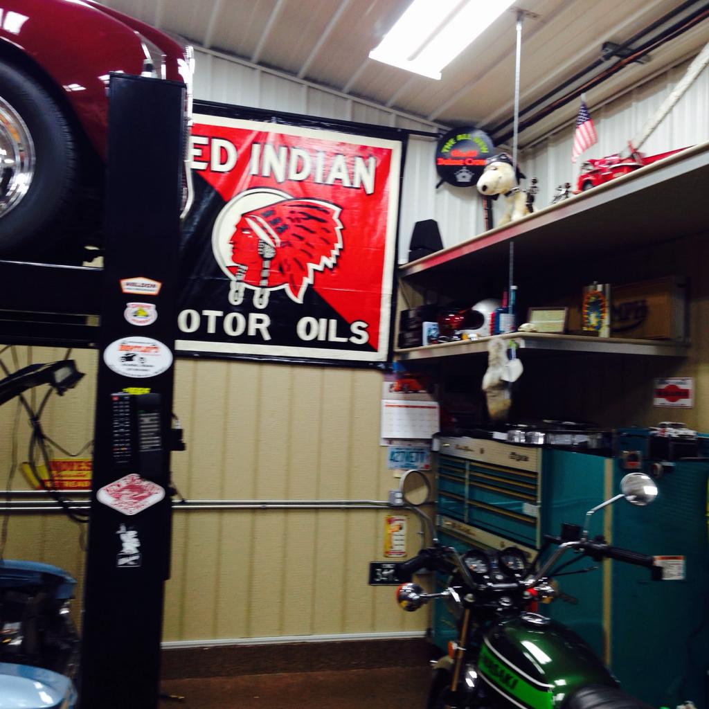 Garage Journal Lights: Your Cars At Your Garage, Let's See Em