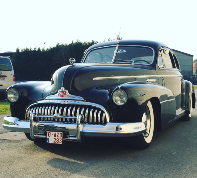 1941 Buick 40 Special: Buick Multiple Carburator Setup Straight 8
