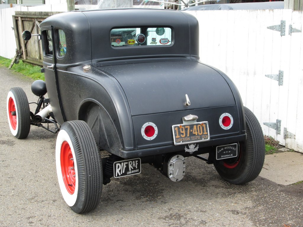 Hot Rods - Tail lights for a Hot Rod Model A Coupe? | The H.A.M.B.