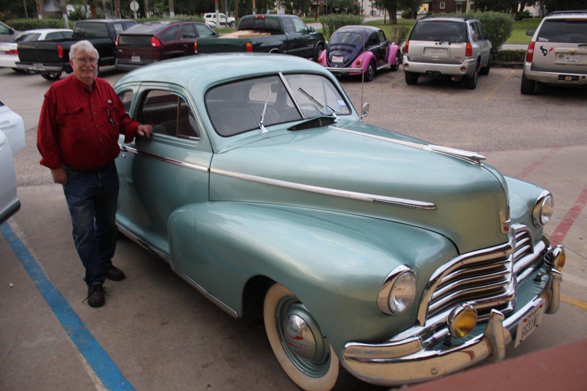 IMG_1682  1946 Chevy left side.JPG
