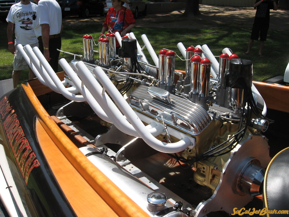IMG_1847Mortician engines.jpg
