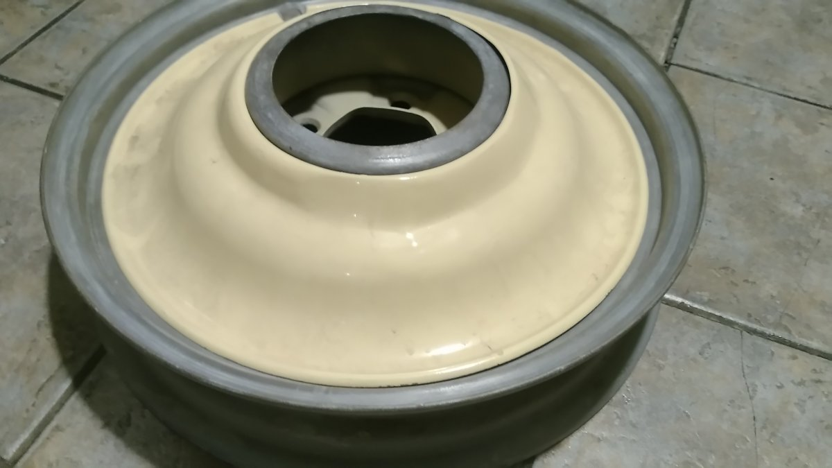 Hot Rods - Lyons wire wheel covers 17s | The H.A.M.B.
