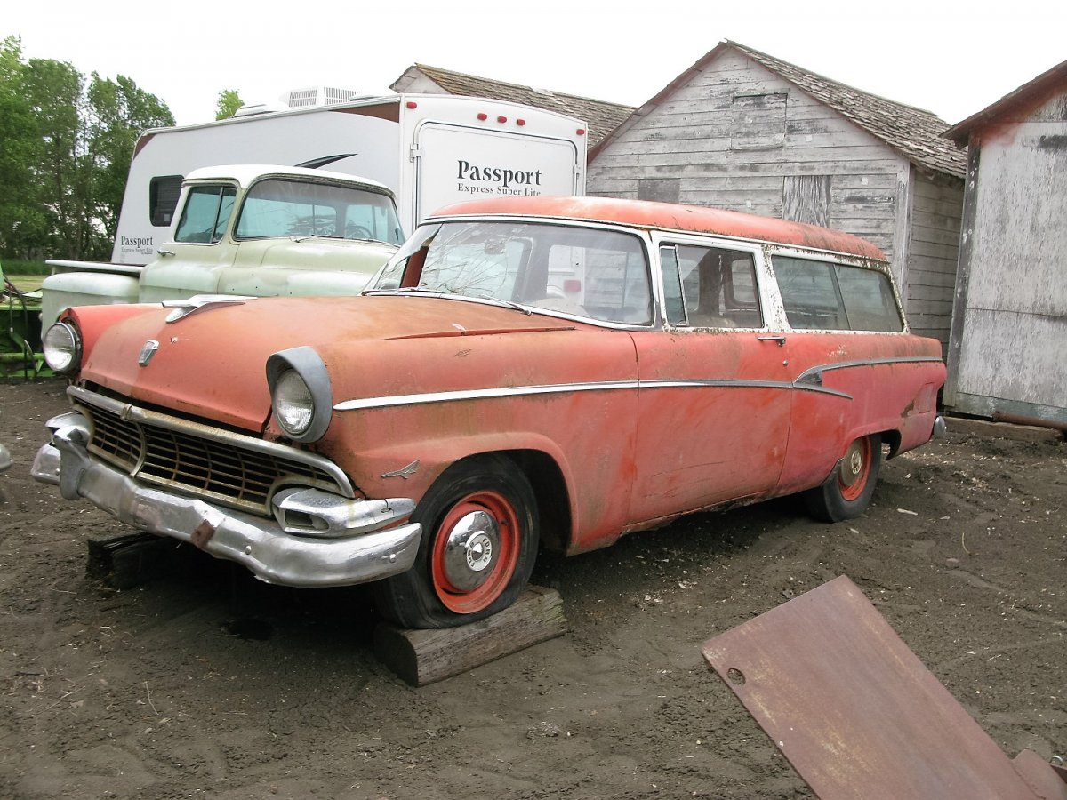 1956 ford customline wagon old car hunt - 1956 Ford Tudor Ranch Wagon With 292 T Bird Motor Stuck And Automatic Trans Has Some Rust Floors Quarters Rockers But Spare Wheel Tub Is Good