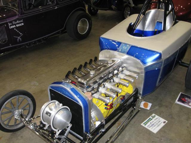 int and 6 cyl Chevy292Dragster.jpg
