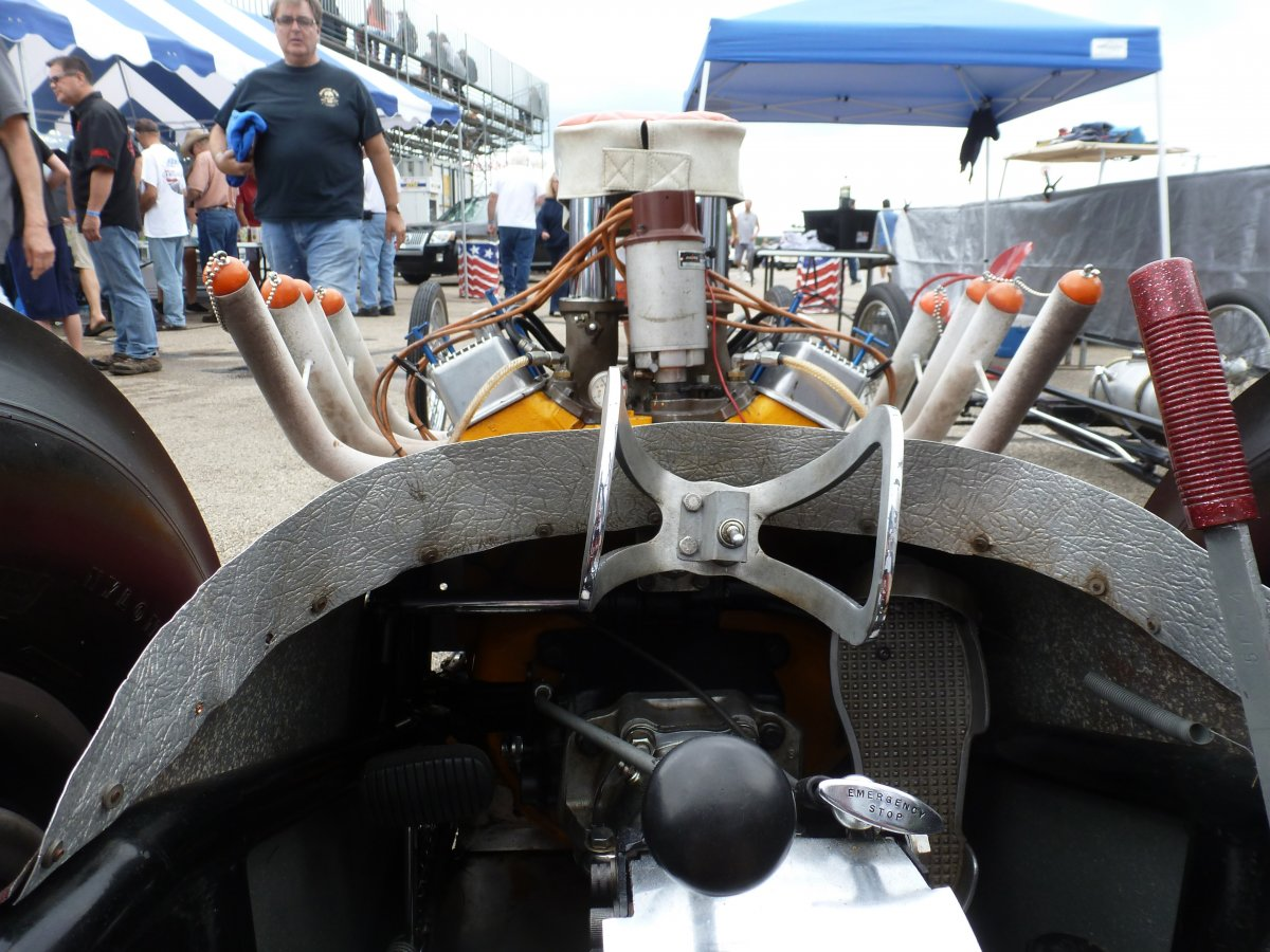 INTERIOR FW DRAGSTER.jpg