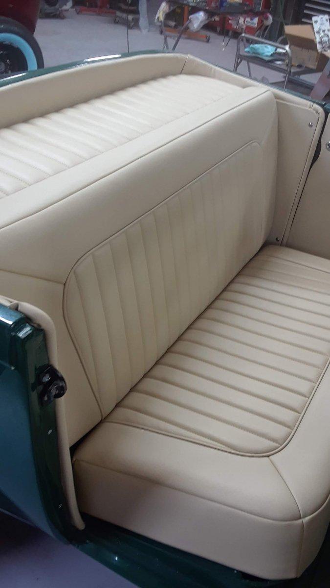 INTERIOR SEAT .jpg