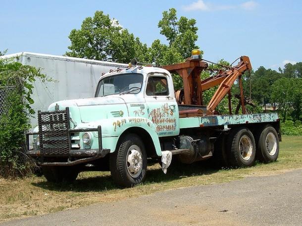 international-tow-truck-9082-610x457.jpg