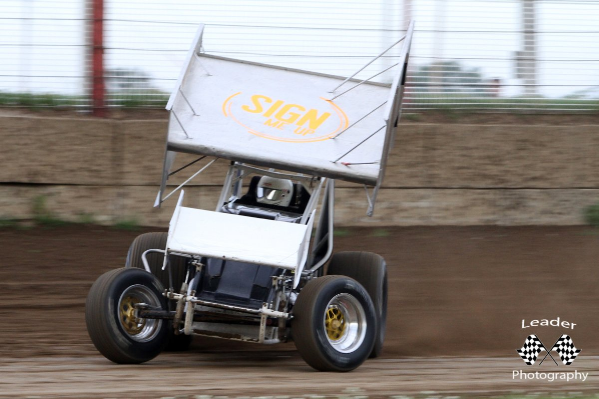 IRA-Sprint-Car-Racing-Action.jpg