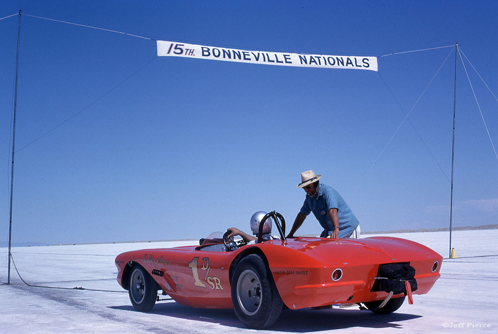 Jack Lufkin - Denny Jones 1963 Bonneville Salt Flats 12.jpg