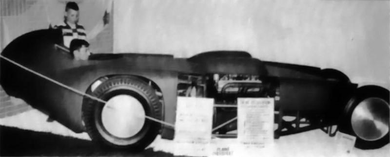 Jack Moss (Amarillo, TX) 2-Much Streamliner Dragster (1).jpg