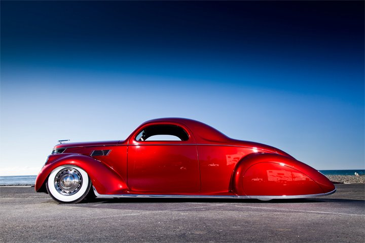 James-hetfield-1937-Lincoln-Zephyr.jpg